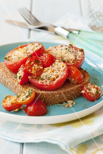 Baked tomatoes on toast
