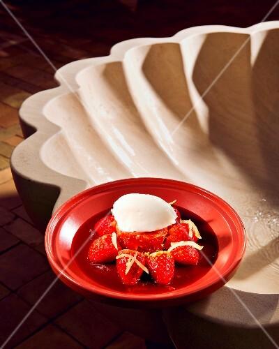 Oriental strawberry tagine with tomato chutney