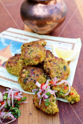 Yellow split pea fritters with onion relish (Burma)