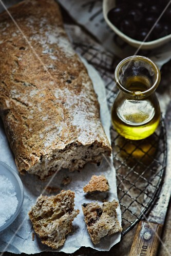 Rustic bread, olive oil and salt