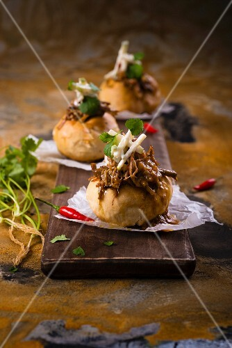 Bunny chow with lamb