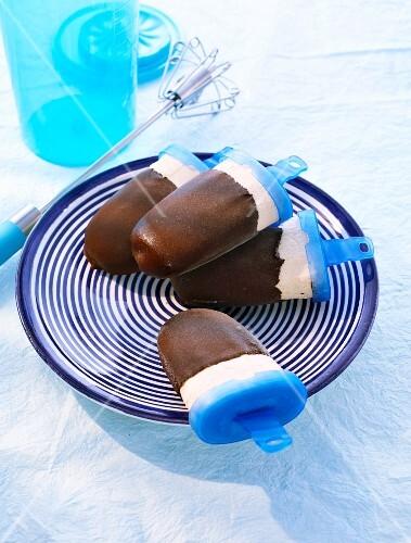 Sabayon ice cream coated in chocolate