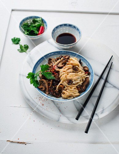Noodles with beef and shiitake mushrooms