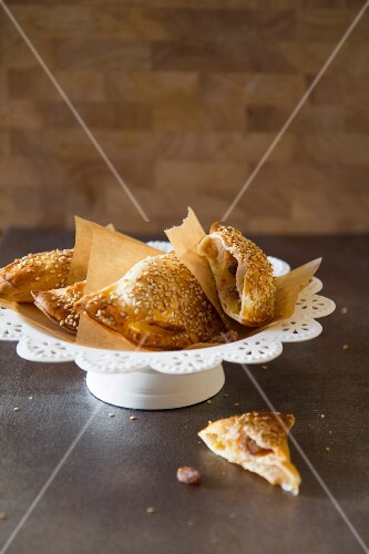 Chaussons aux Pomme (French apple turnovers)