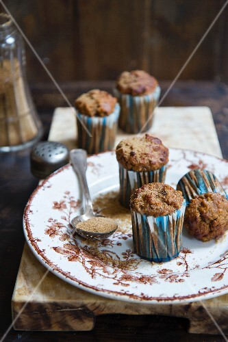 Carrot muffins with cinnamon and muscovado sugar