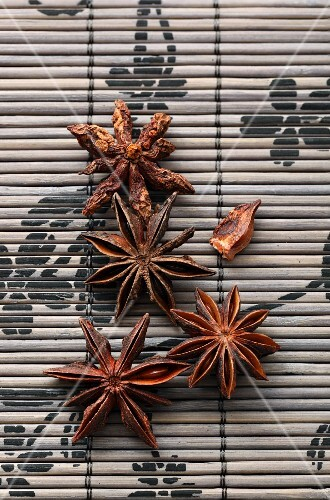 Star anise on a bamboo mat