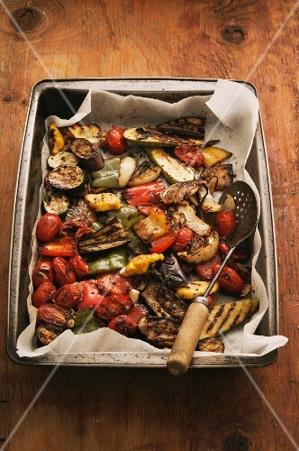 Grilled vegetables on a baking tray