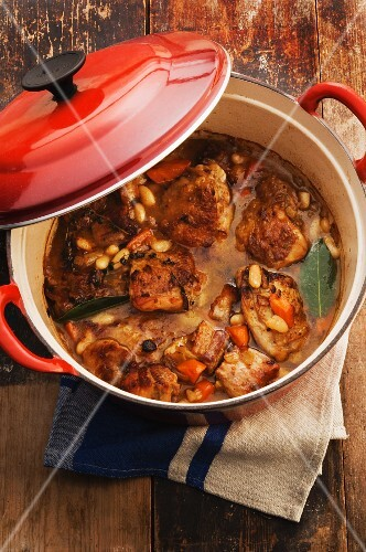Chicken and port wine cassoulet
