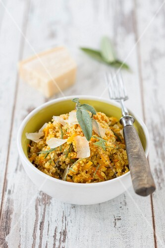 Quinoa risotto with grana and sage