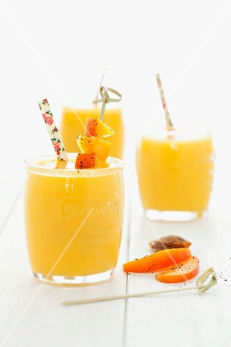 Apricot and mango smoothies