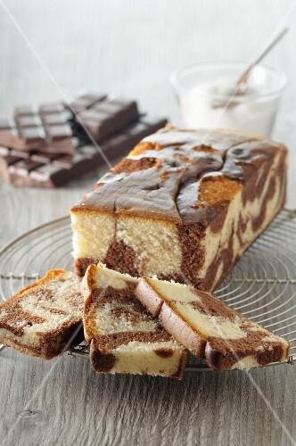 Marble cake with sugar glaze, sliced