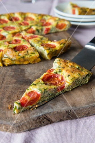 Frittata with tomatoes and herbs