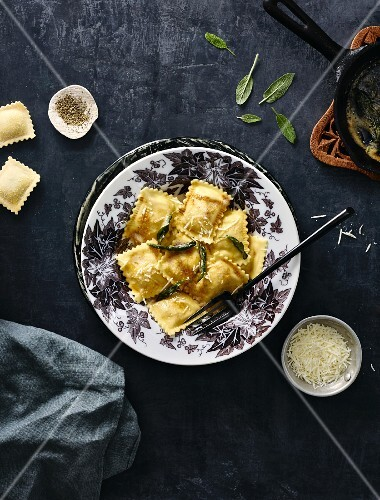 Ravioli with sage butter (seen from above)
