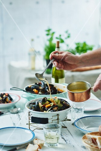 Mussel stew in a white wine sauce