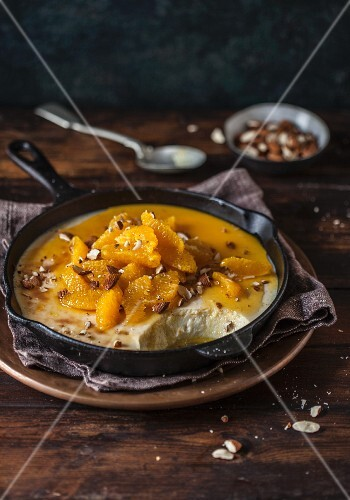 Baked yoghurt with oranges and almonds