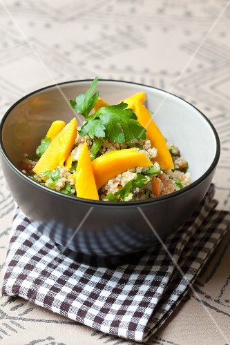 Quinoa salad with mango and parsley