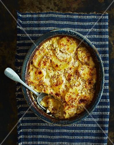 Potato and mustard gratin