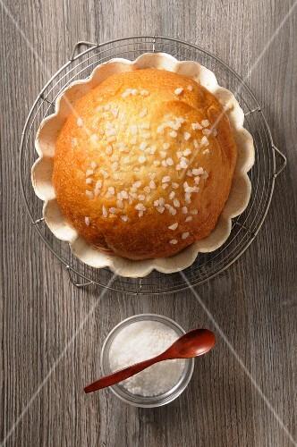 Pastis landais (yeast dough roll, France)