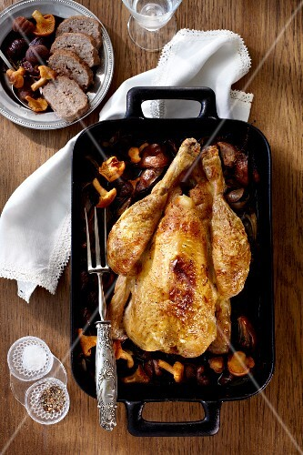 Capon stuffed with chestnuts and chanterelle mushrooms