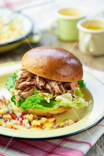 Pulled pork burger with salsa