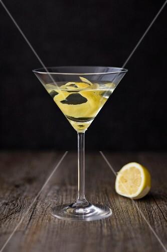 A Martini with lemon zest