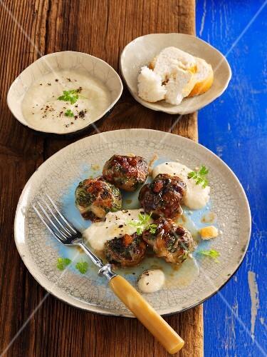 Provençal spinach bite with garlic sauce