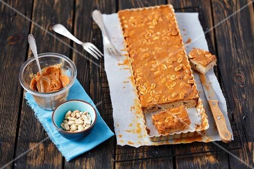 Vegan cake with peanut butter