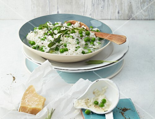 Pea risotto with sage and Parmesan
