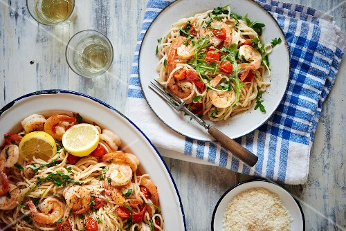 Spaghetti with grilled prawns, heirloom cherry tomatoes and rocket