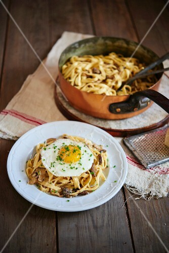 Fettuccini with wild mushrooms and fried egg