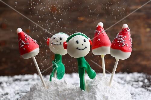 Gingerbread Christmas cake pops