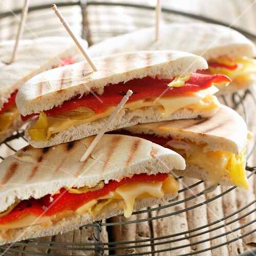 Toasted sandwiches with cheese and peppers