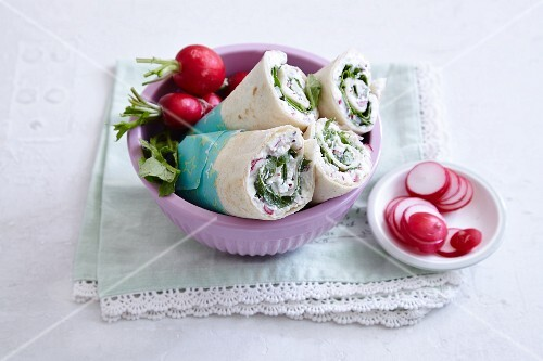 Feta cheese and radish wraps