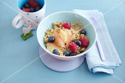 Apple quinoa with berries