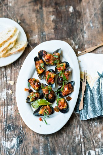 Mejillones a la marinera (sailor-style mussels, Spain)