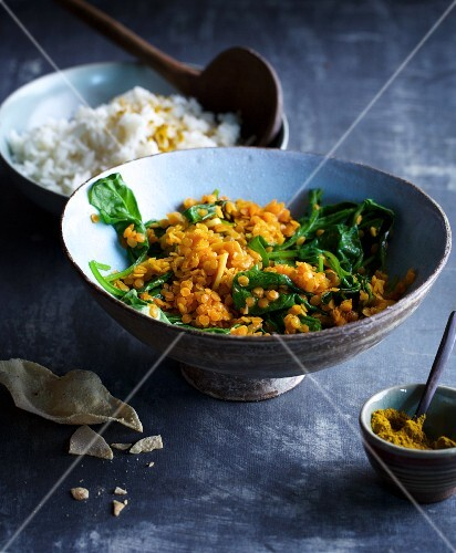 Spinach and lentil dhal with basmati rice