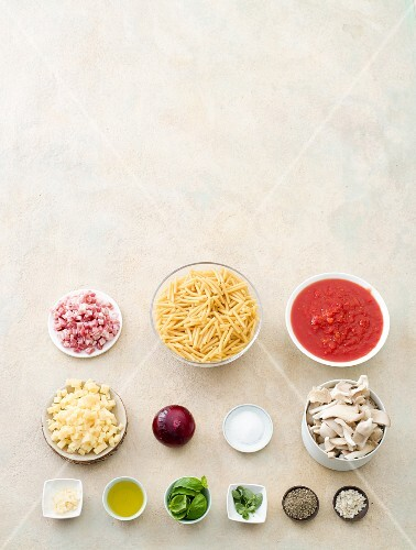 Ingredients for macaroni with mushrooms and bacon