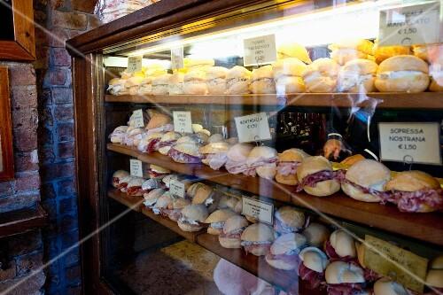 Sandwiches at the bar 'Al Merca' at the Rialto market, Venice, Italy