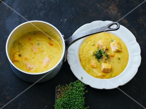 Potato soup with turmeric and salmon