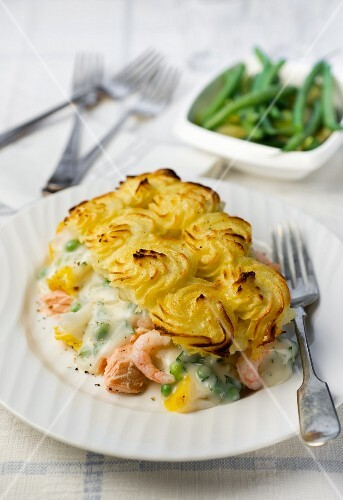 Fish pie with prawns and a mashed potato topping