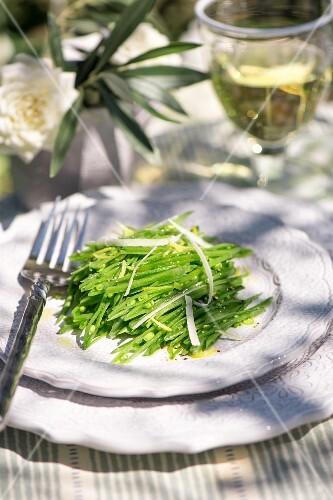 Green bean salad with lemons