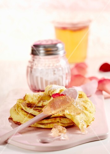 Sweet pancakes with rose jelly