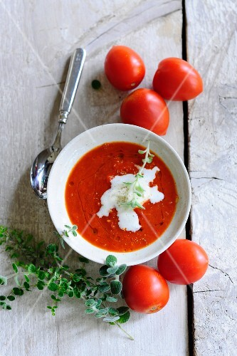 Cream of tomato soup with thyme