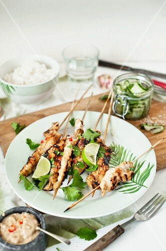 Satay skewers with coriander and limes (Asia)