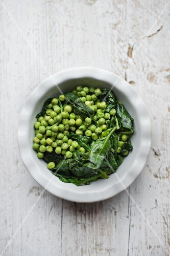 Peas with spinach