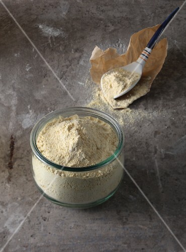 Chickpea flour – a thickening agent for vegan baking