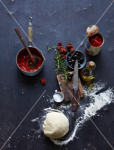 Tomato sauce for pizzas