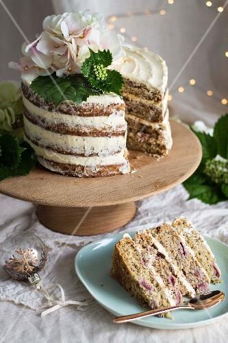 Vegan wholewheat cherry & poppy seed Christmas cake