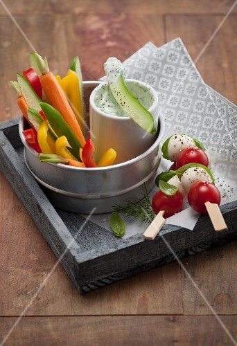 Julienned vegetables with a dip to take away (low carb)