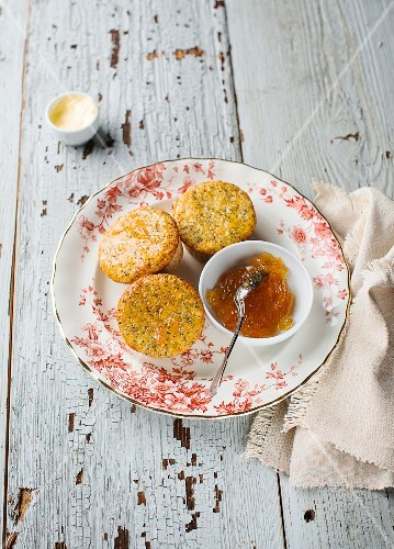 Orange and poppy seed muffins with marmalade